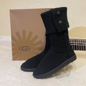UGG classic cardy boots in black